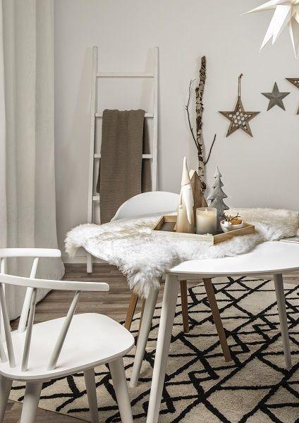 Scandi Christmas Dezente Deko Pieces Aus Holz Sorgen In Diesem