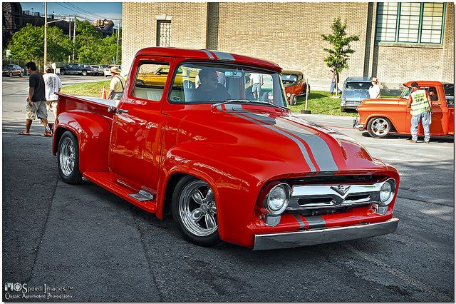 1956 Ford F-100. I want an old old truck so badly. Ohio State Awesome!