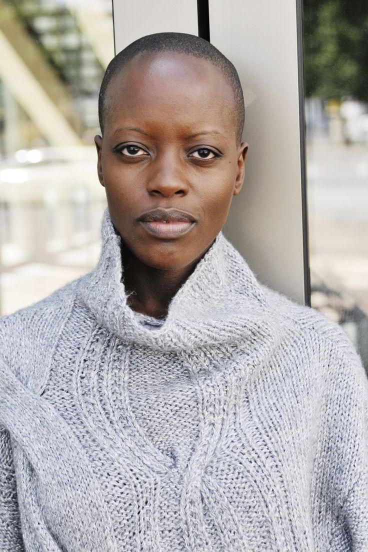 Florence Kasumba Nude Photos 38