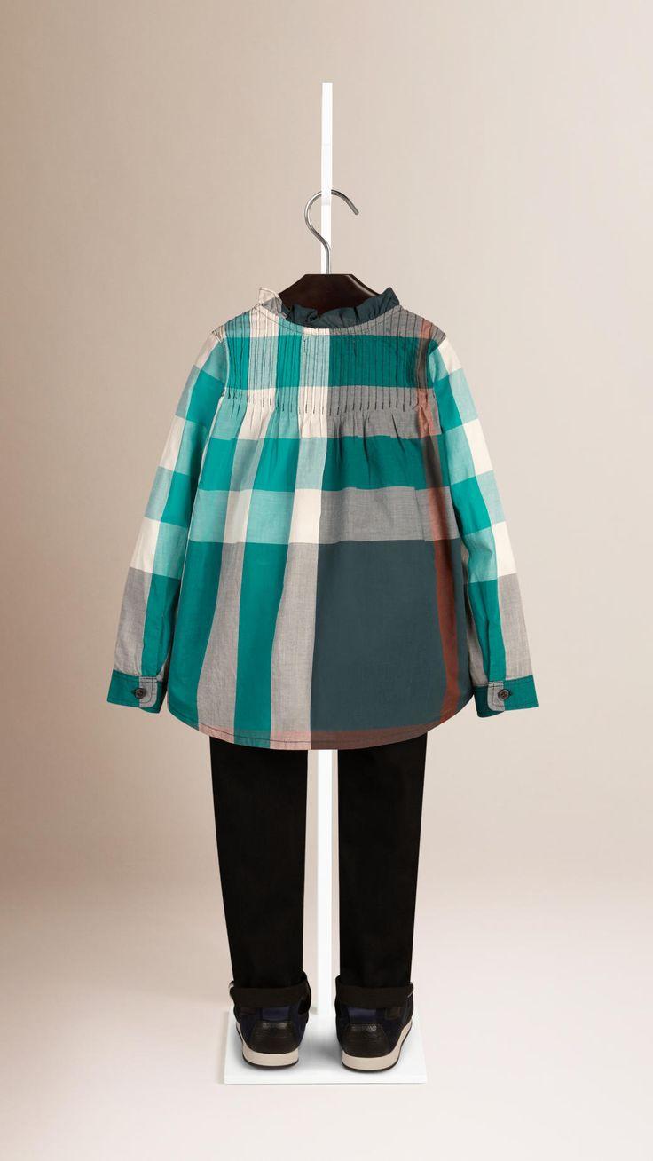 Рубашка в клетку с оборками   Burberry