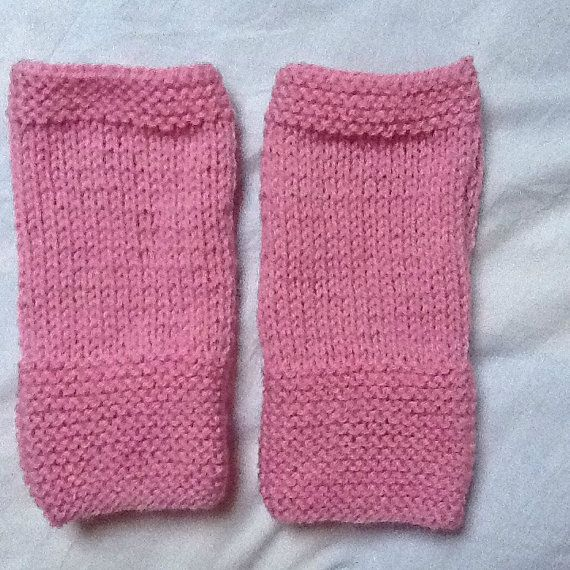 These gloves are ideal as a gift for a loved one, or for yourself. I hand knit them using double knit wool in a lovely shade of light pink. To check them out, or to purchase, please click this link: https://www.etsy.com/uk/listing/216826189/pink-gloves-pink-mittens-pink-knit