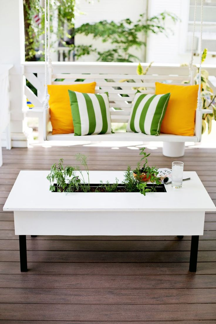 Herb garden coffee table (click to learn how to make it! )Decor, Diy Herbs, Coffee Tables, Gardens Coffee, Herbs Tables, Herbs Gardens, How To, Diy Projects, Crafts