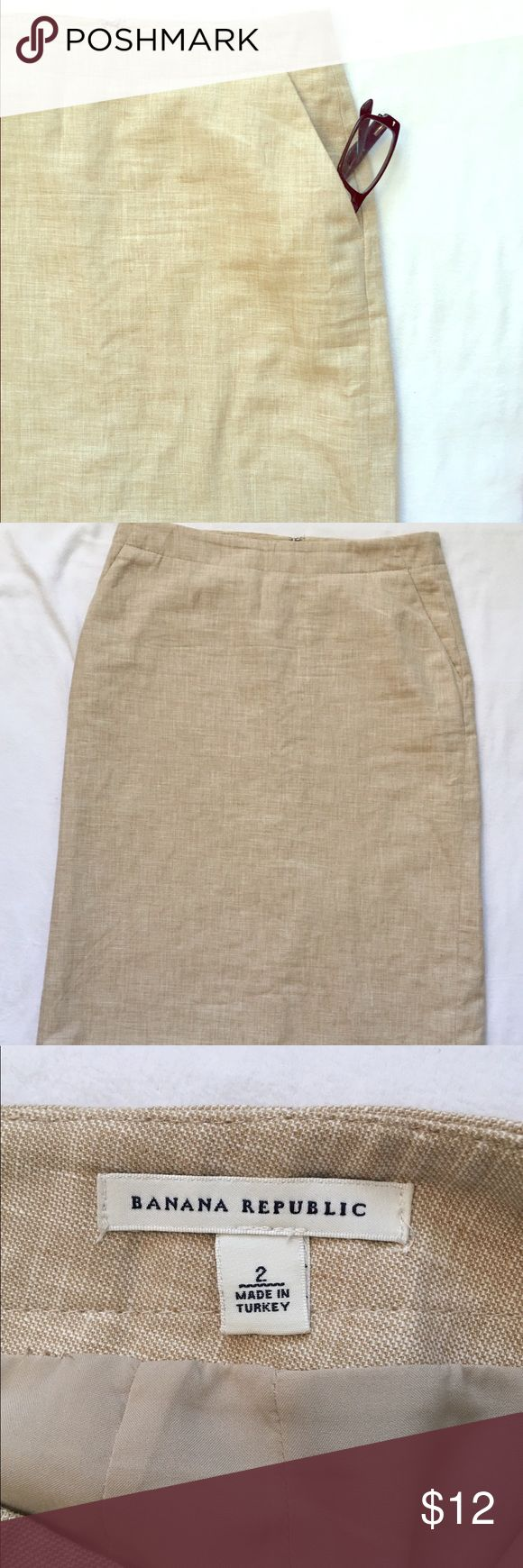 Banana Republic Khaki Pencil Skirt Size 2 Knee length. Nylon lines. Work casual or sporty. Banana Republic Skirts Pencil
