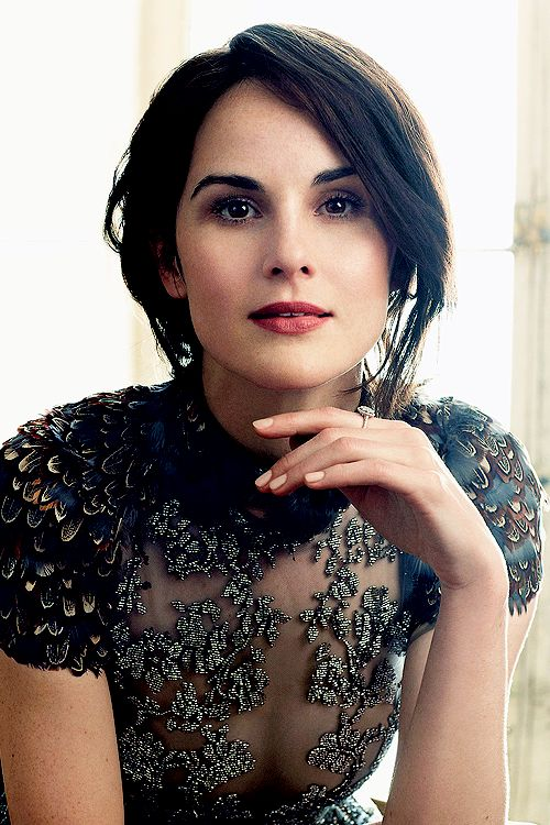 Michelle Dockery, Harper's Bazaar UK August 2014. Love her makeup here.