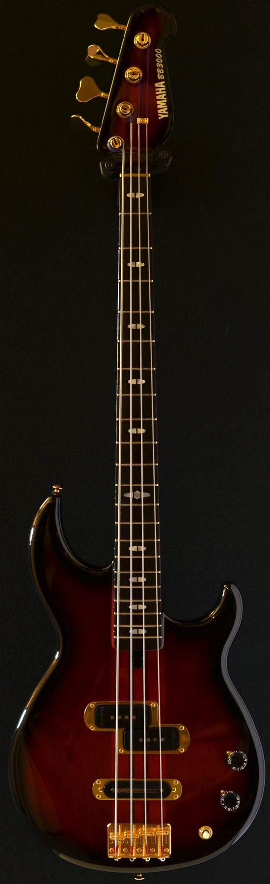 YAMAHA BB3000 four string bass (via Bass Direct) I want this Bass Guitar !! Please Give me !^_^\m/