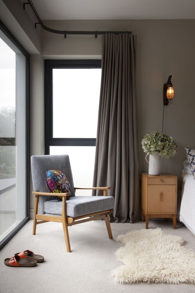 Corner Window With Corner Curtain Design Ideas Corner Window With