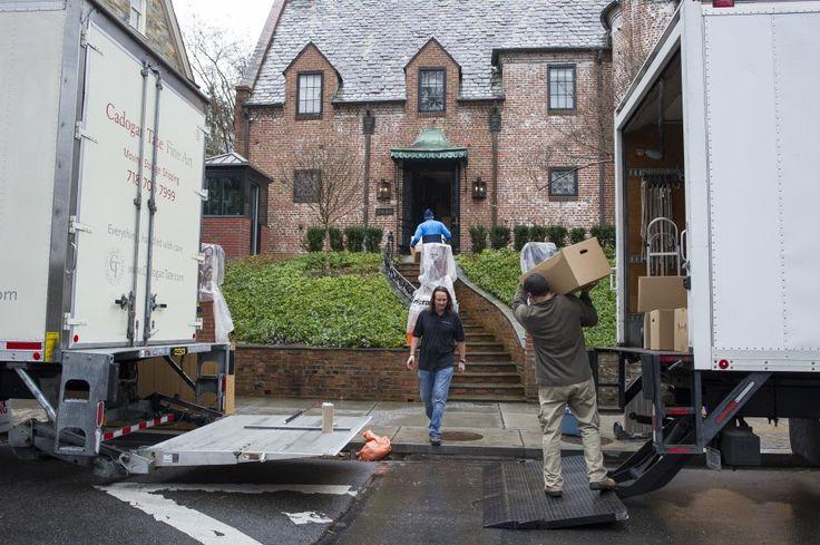 Benvenuti a villa Obama: addio alla Casa Bianca, è iniziato il trasloco nella nuova abitazione