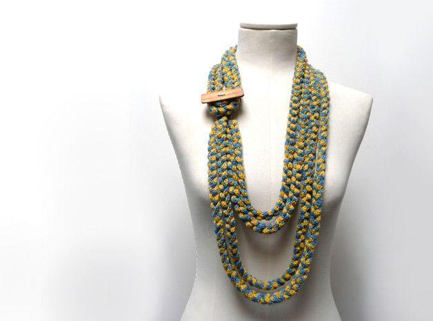 Sciarpe da donna - Acquistare accessori online su DaWanda