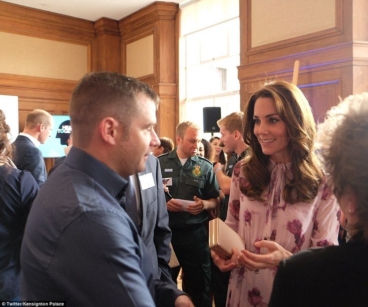 Kate mingles with guests to discuss the topic of 'mental health first aid' and hear how they've been helped by friends and family