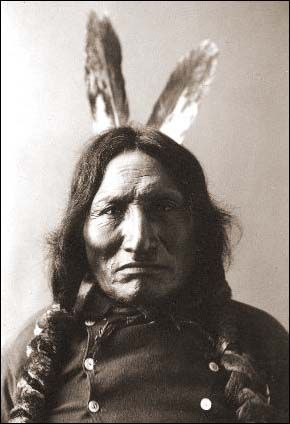 An eyewitness story from the battle of Little Bighorn, from the Lakota Chief Red Horse. Written on the Cheyenne river reservation in 1881.