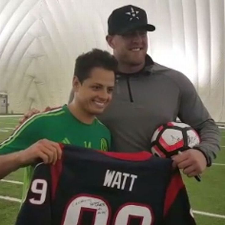 Houston Texans star JJ Watt visits Mexico's Copa America training base