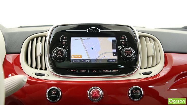 Connectez-vous à tous les appareils multimédia présents dans le véhicule grâce au système Uconnect. Ecoutez de multiples stations et de nombreux titres, recevez des actualités de la part de Reuters ou encore des informations concernant le trafic, les radars et la météo. La fonctionnalité My:Car vous rappellera où vous êtes garé, vous connaîtrez le niveau de carburant et vous serez informé de possibles anomalies.