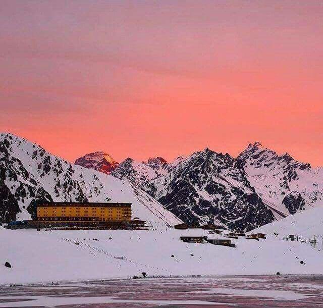 Primera nevazón en Portillo, Los Andes, Chile, 2016!