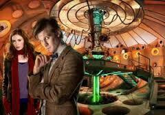 El Undécimo Doctor es la undécima encarnación del protagonista de la longeva serie de televisión de ciencia ficción de la BBC Doctor Who. Es interpretado por Matt Smith,[6] y fue presentado en la conclusión del especial El fin del tiempo, sucediendo en el papel a David Tennant, que interpretó al Décimo Doctor. Smith interpretó al personaje durante tres temporadas, incluido el especial 50 aniversario de la serie y abandonó el rol en el episodio especial de Navidad de 2013.