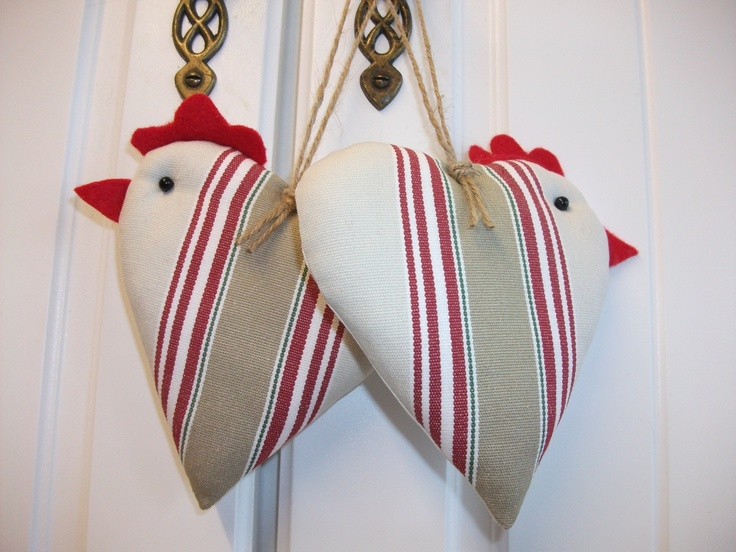 Decorative Chicken Hanging Hearts