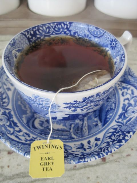 Scientists have found that a daily cup of Earl Grey could also lower cholesterol levels and reduce the chance of heart disease!