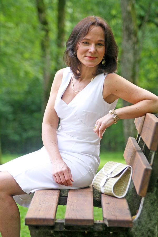 white heath single mature ladies White heath's best 100% free online dating site meet loads of available single women in white heath with mingle2's white heath dating services find a girlfriend or lover in white heath, or just have fun flirting online with white heath single girls.