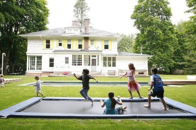 Ground Level Trampoline   37 DIY Backyard Summer Projects