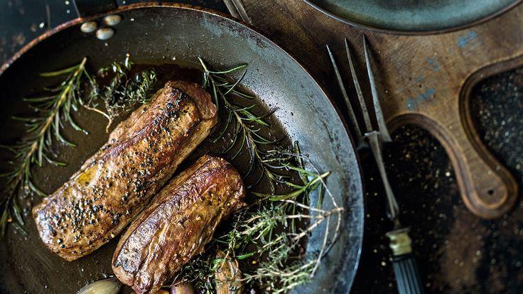 Es gibt kein besseres Wildfleisch als Reh. Und seine Zubereitung ist denkbar einfach.