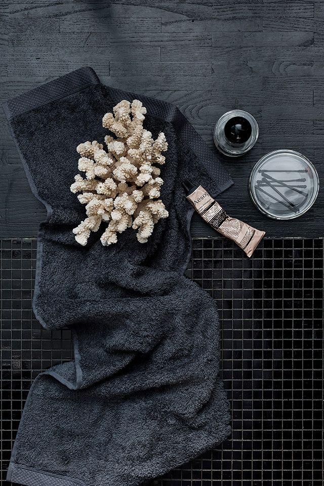 Black bathroom essentials
