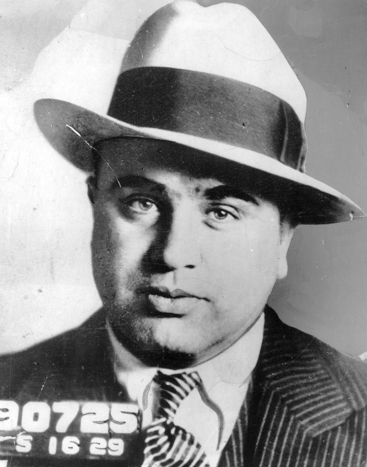 Al Capone En Pinterest Frases De Al Capone Mobsters Y