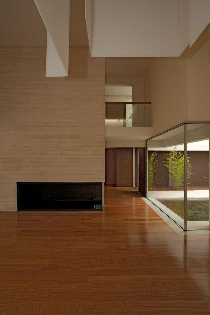 Central de arquitectura a mexico city based design studio has - Casa Em Aldoar By Topos Atelier De Arquitectura