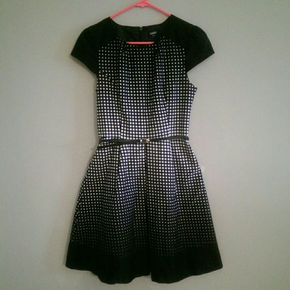 Gorgeous Black + White Polka Dot Dress - Oasis UK Perfect for the office this dress is totally on point with fall's black and white trend. Mix it up with a bright red belt or bright colored shoes and statement necklace. Oasis is a UK brand. Oasis Dresses Midi