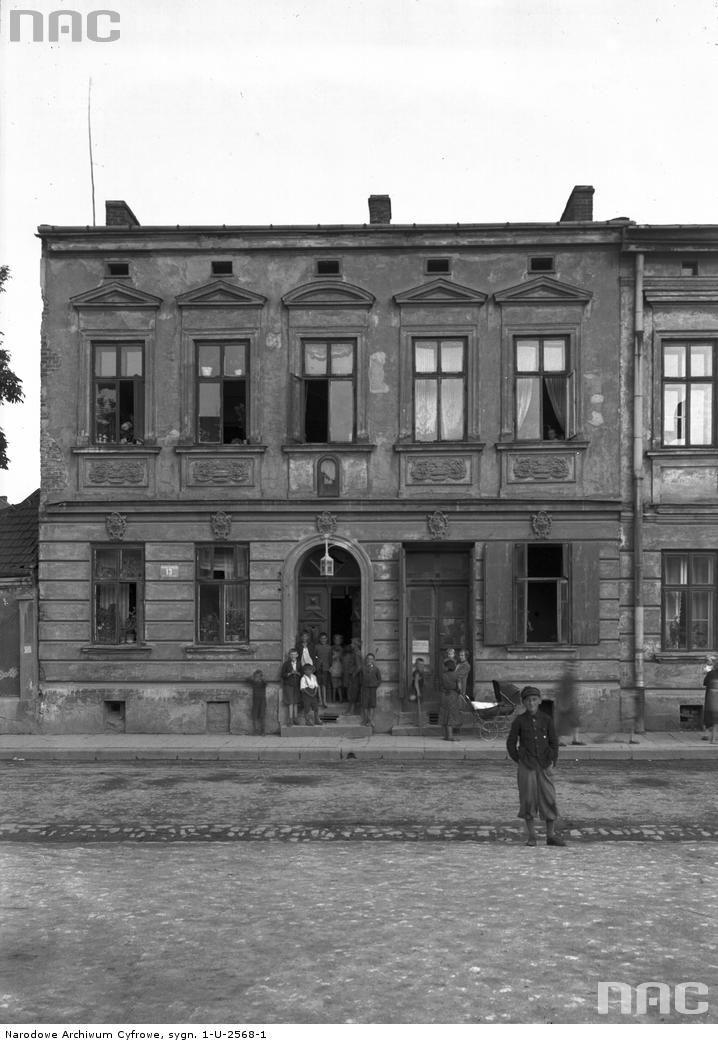 Kamienica nr 13. Widok  od frontu.Rynek Dębnicki