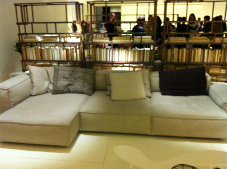 living divani sofa neo wall feria milano 2013 estudio