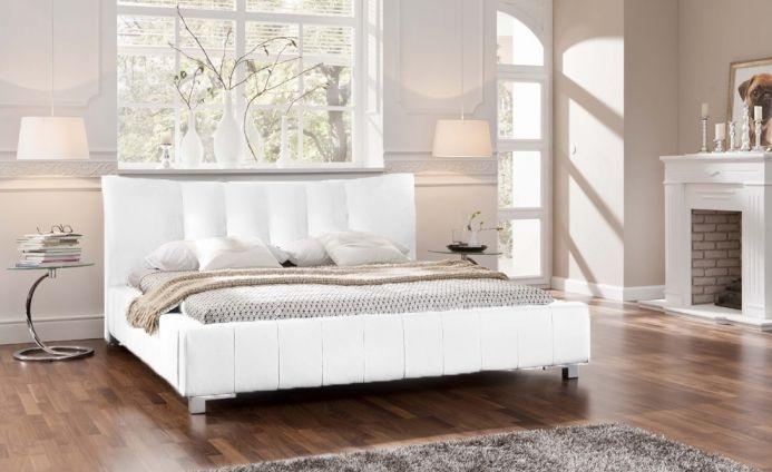 die besten 25 lederbett ideen auf pinterest kopfteil aus leder gr ne schlafzimmerw nde und. Black Bedroom Furniture Sets. Home Design Ideas