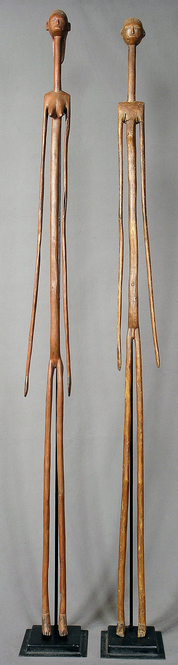 NYAMWEZI: a couple of figures.  h 188 cm and 191