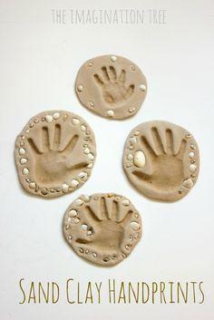 Huella de la mano de la arcilla arena keepsakes artesanía