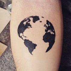Découvrez notre sélection de tatouages pour les accros aux voyages ! @ridicul0uz