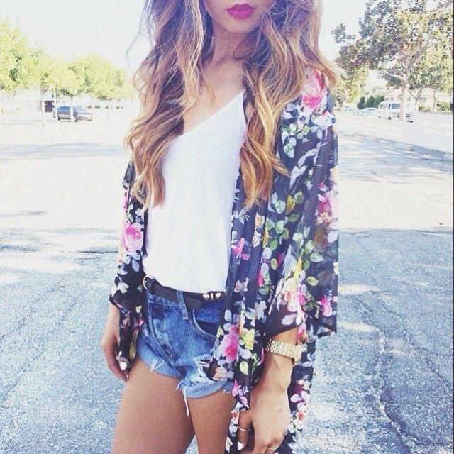 Kimono summer. Teen fashion. Summer trends.