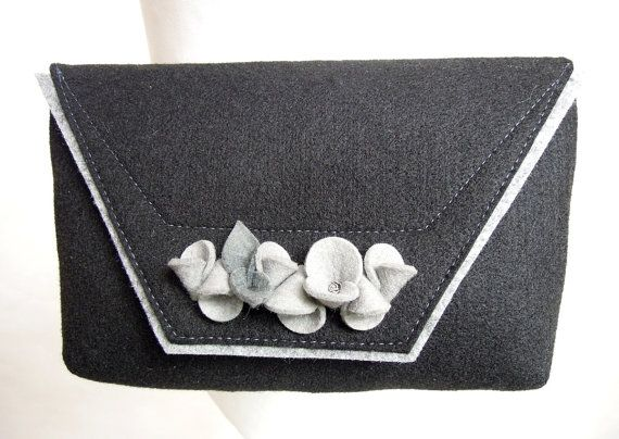 Lovely handmade fashionable small size felt bag by GreenSheepPL