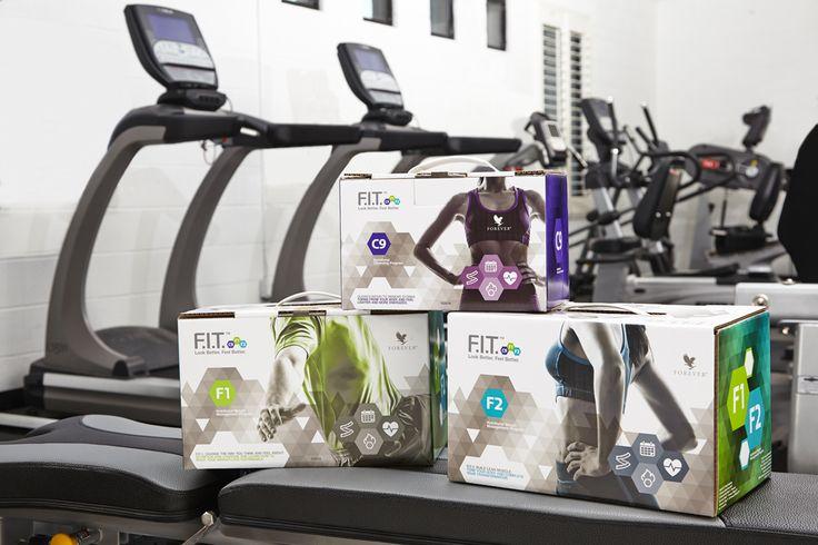 Forever F.I.T. è un programma nutrizionale avanzato, detossinante, di gestione del peso, ideaqto per aiutare a sentirsi e vedersi meglio in tre semplici passi: C9, F.I.T.1 e F.I.T.2. C9 ti aiuterà a detossinarti e a porre le basi per un corpo più sano. F.I.T. 1 cambierà il tuo modo di pensare sull'alimentazione e sull'esercizio fisico e ti insegnerà a rendere possibile la perdita di peso. F.I.T. 2 ti aiuterà a potenziare la massa muscolare ea tonificare il tuo corpo.