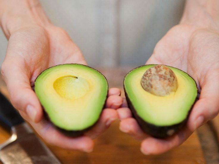 Met deze handige tip heb je nooit meer onrijpe avocado's…