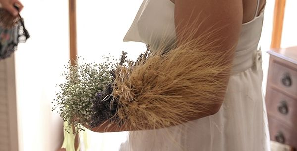 bouquet sposa green: gypsophila, lavanda e spighe di grano