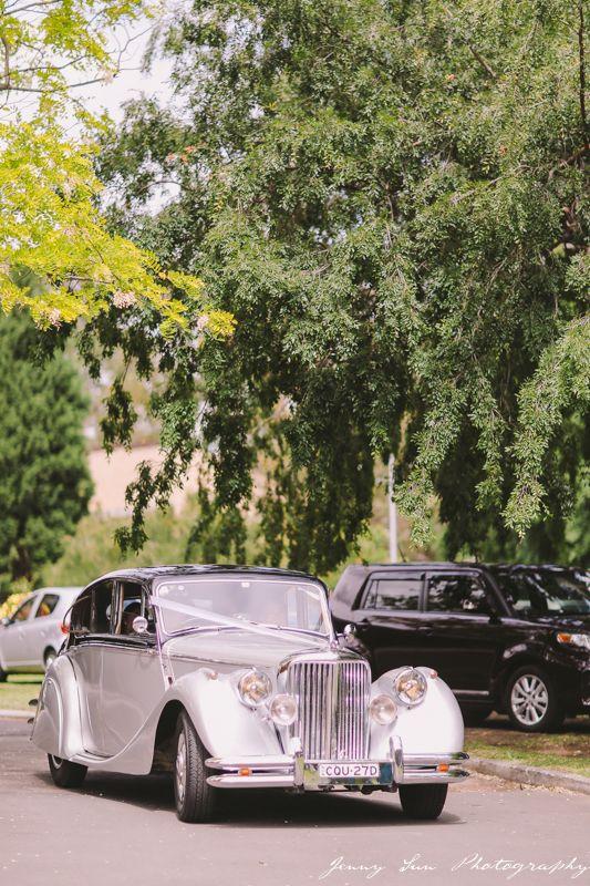 Vintage Wedding Car - Jaguar Mark V