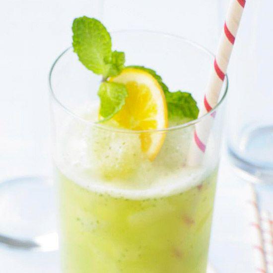 Put a twist on traditional lemonade by adding fresh mint! More refreshing summer drinks: http://www.bhg.com/recipes/drinks/seasonal/summer-beverage-recipes/?socsrc=bhgpin061413electriclemonade=3