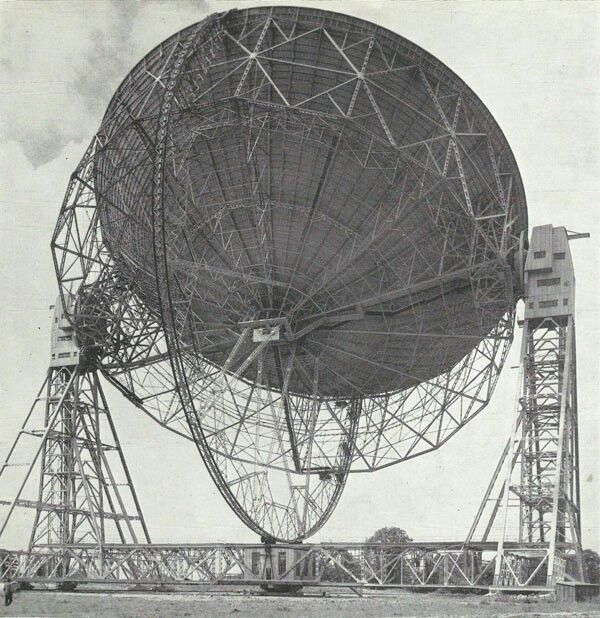 Early photo of the completed telescope, looking lighter in its construction than it does today with just the single original reflector dish