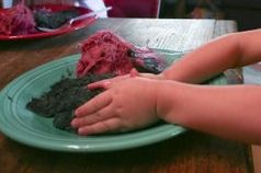 Now I have seen it all!  DIY Dryer Lint Clay recipes -now that's a recycle craft! - Re-pinned by @PediaStaff – Please Visit http://ht.ly/63sNt for all our pediatric therapy pins