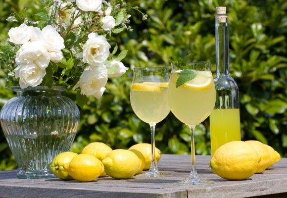 Sucuri care te energizează pe caniculă #drink #lemon #lemonade #fresh