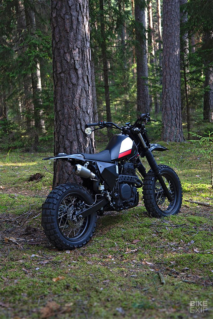 Black Magic: A stealthy Honda NX650 from the Baltics – Moped