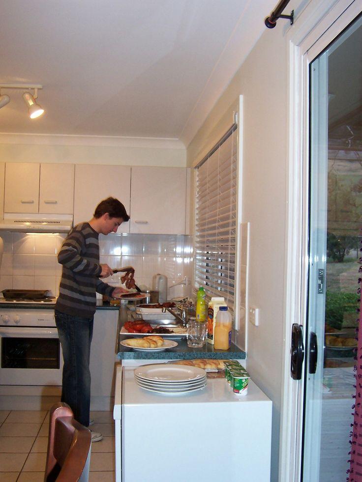Organising breakfast