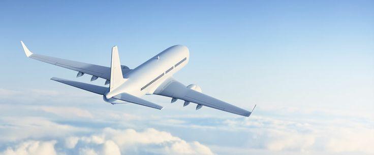Billige flyrejser: 16 gode råd + et bonustip   Flyrejser har aldrig været billigere, og med de rigtige tips og tricks kan der være mange penge at spare. Jeg hjælper dig her på vej med 17 gode råd.