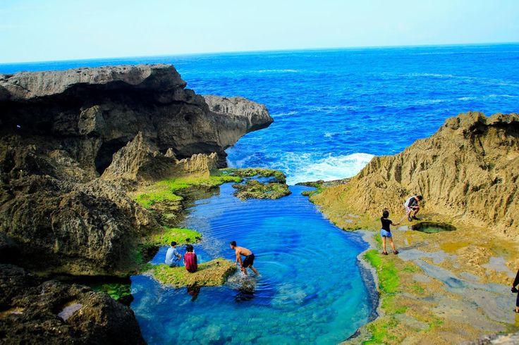 Pesona Tulungagung: Pantai Kedung Tumpang, Pucanglaban, Tulungagung