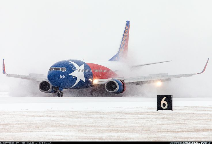 TheBestOfFlying • Southwest Airlines - Boeing 737-3H4. St. Louis -...