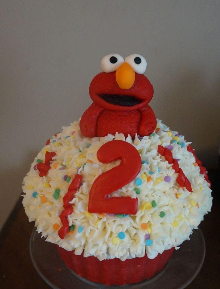 Elmo Giant Cupcake Cake