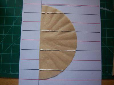 How to make honeycomb paper balls (9)